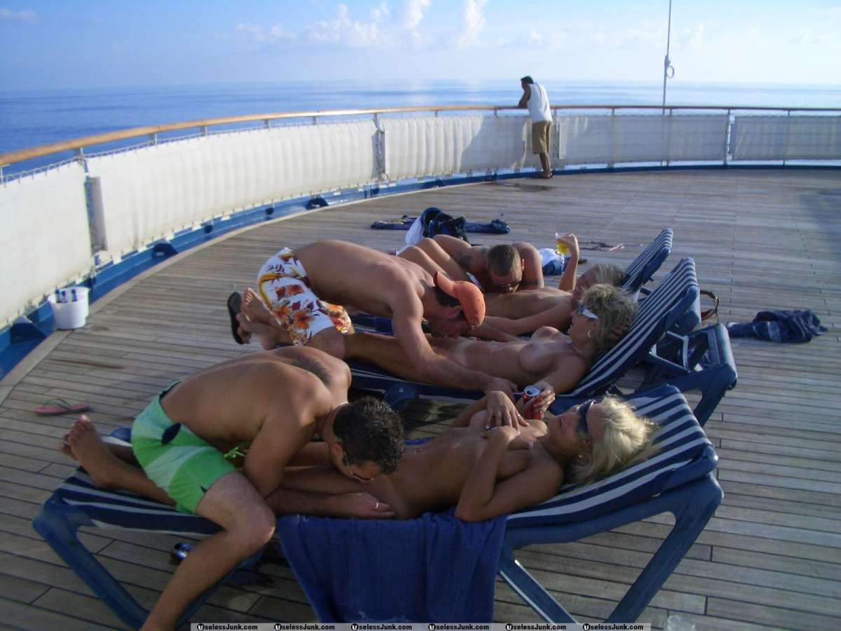 114064_spring_break_cruise_ship_naked_body_shots_group