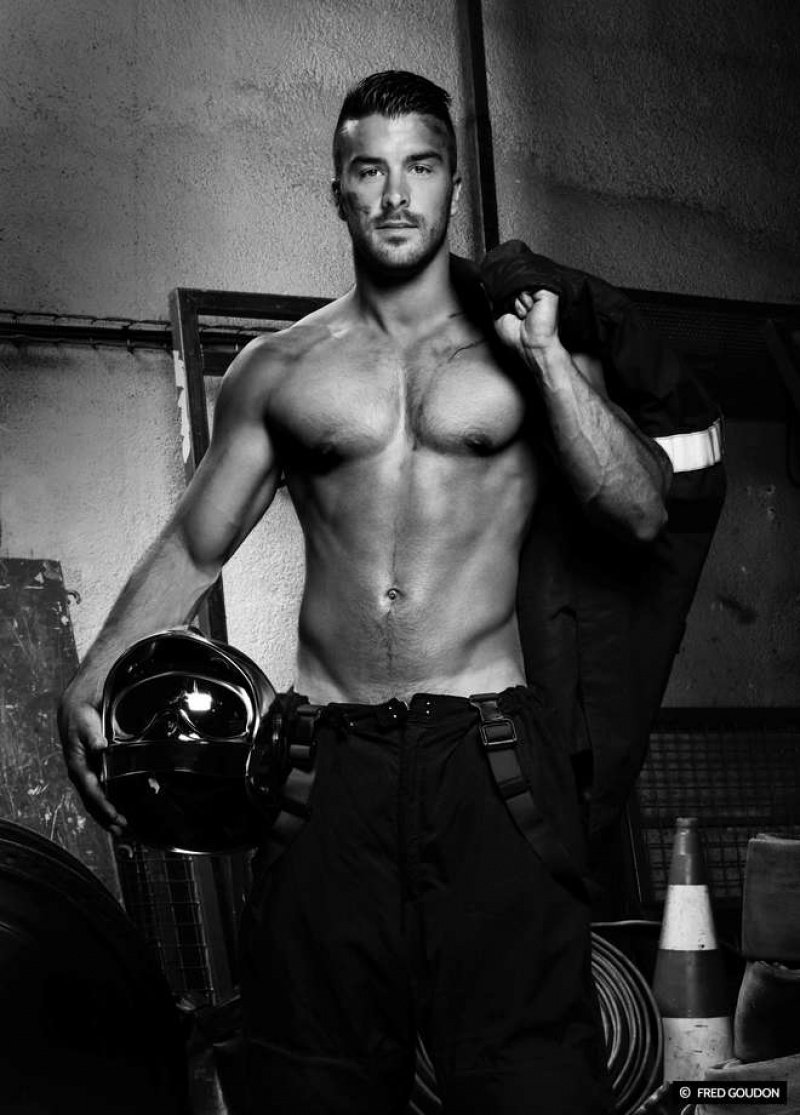 Fred_Goudon_firefighter_firemen_sexy_sensual